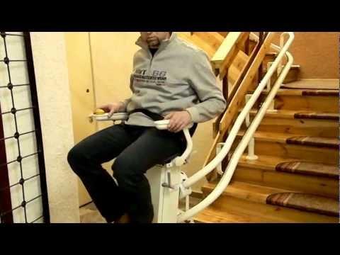 Krzesełko schodowe dla seniorów na torze krzywoliniowym | Windy Schodowe