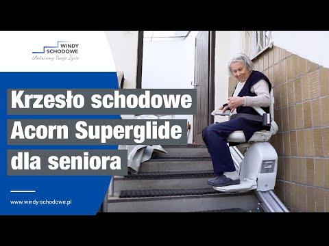 Krzesełko schodowe Acorn Superglide na torze prostym dla seniorów